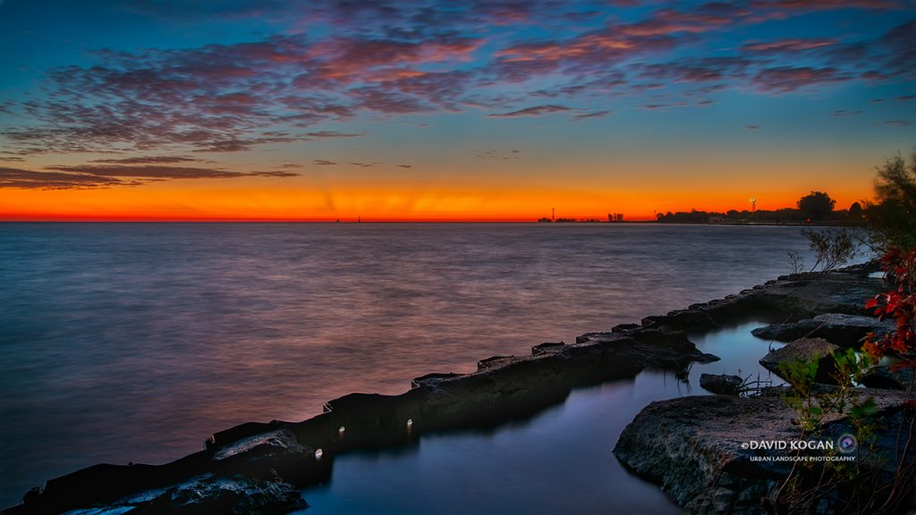 Sunrise from Chicago Lake Michigan at Lawrence