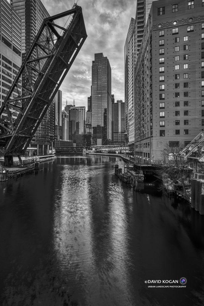 Chicago Bridge at North Branch and Lake St