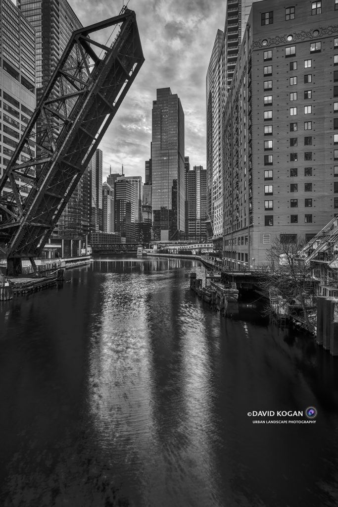 Chicago River at Lake Street